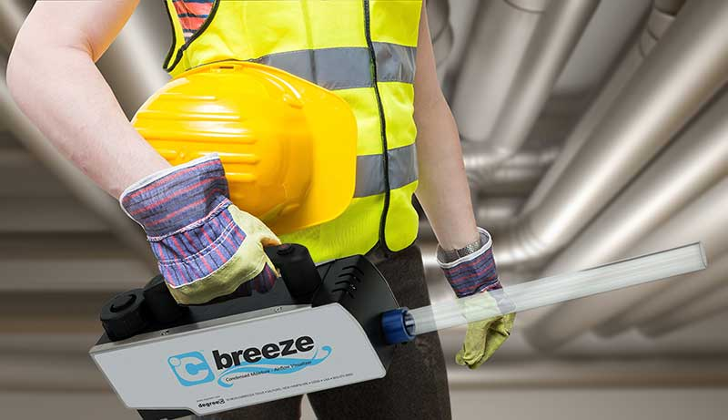 technician with c breeze airflow visualization tool